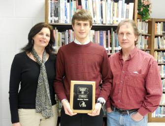 Antonio Troese Wins Scholar Athlete Award (01/04/14)
