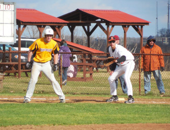 Bobcat Baseball Team Bounces Back With Win Over Keystone (04/24/14)