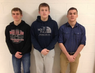 Wrestling: Zach Sintobin Claims Second Straight District Crown, Colton Rapp Takes Third, Mike LeFay Finishes Fourth (03/02/16)