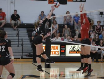 Volleyball Downs Redbank Valley In Four Sets (09/09/2018)